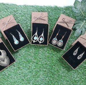 🦄 2 Earrings for $20.00 🦄